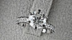 1.77 ct round diamond ring 14 kt white gold  - size 6