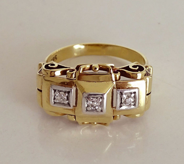 Art Deco ring with 3 diamonds - brilliant approx. 0.15 ct. Made of 585 / 14 KT gold with platinum, size 57-58 brilliant ring, circa 1910