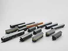 Fleischmann/Roco/Atlas/Lima/Trix/Arnold N - 15 x various carriages of the DB