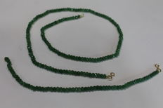 Ladies' necklace and bracelet in 18 kt (750) gold with emeralds of 4 x 2 mm