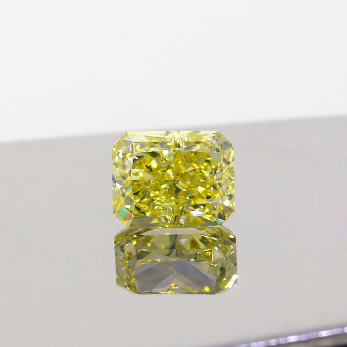 1.15 Ct. Natural Fancy Yellow Radiant shape VS1 Diamond, GIA Certified