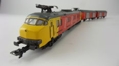 Märklin H0 - 3389/4387 - Motorpost mP3000 of the NS with two additional post carriages