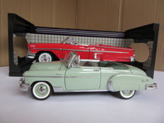 Franklin Mint / Motormax - Scale 1/24-1/18 - Chevrolet Styleline Deluxe 1950 and Chevrolet Chevy Impala 1958