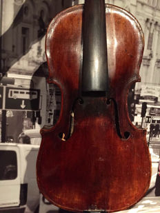 Very old fine violin, labelled Gioacchino Trotto