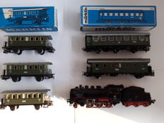 Märklin H0 - 3003/4040/-79/4101 - Steam locomotive with tender BR 24 of the DB with various passenger carriages of the DB/DRG