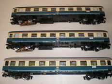 Märklin H0 - 4111 - 3 D-train carriages, 2 with LED interior lighting, of the DB