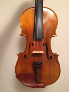 Nicely flamed modern violin