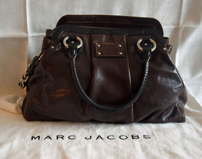 Marc Jacobs - Alyona daytime bag in leather and metal
