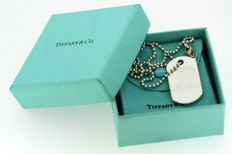 Tiffany & Co - Sterling silver dog tag necklace, London 2009 - Length : 57 cm - no reserve price! -