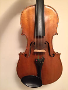 Nice violin labelled O. Lagoni 1922