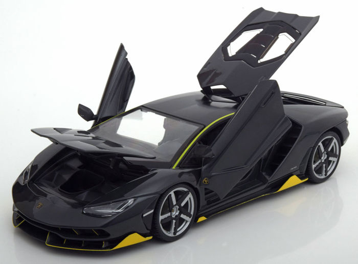 Maisto Special Edition - 1:18 -  Lamborghini Centenario 2017  - Color Gray with Yellow