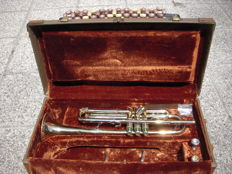 Trumpet - Olds & Son, Frullenton, California U.S.A. -serial number 969613, Super Old