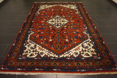 Royal oriental carpet, Indo Heriz, 197 x 286cm, made in India