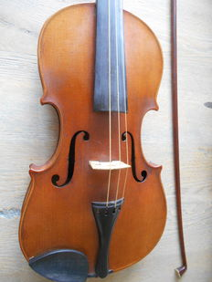 Antique Violin Carlo Bergonzi Italy 1754