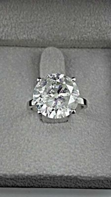 IGL 8.03 ct round diamond ring made of 18 kt gold - size 6,5