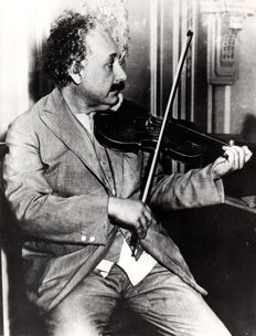 Unknown/Keystone - Prof Albert Einstein playing the violin, 1920's