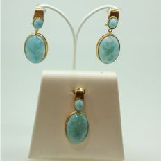 18 kt gold earrings and pendant with Larimar
