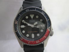 Seiko Scuba Divers WR200m Gents Wrist Watch, Pepsi bezel, model 7S26-0030 c.1980s
