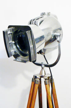 Strand Electric - Patt 23 theatre lamp with wood tripod