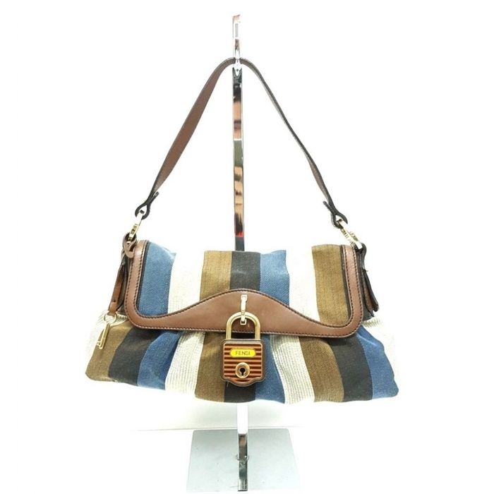 7d62bbf309fc Fendi - Evening bag -  No Minimum Price  - Catawiki
