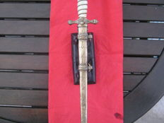German Kriegsmarine dagger in brass scabbard F W Holler Solingen