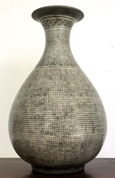 Korean late Joseon period Bun-cheong wine bottle - Korea, ca. 1850