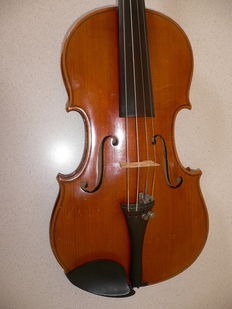 Nice old violin from Mittenwalld(Germany) great without cracks