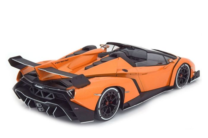 kyosho scale 1 18 lamborghini veneno roadster orange metallic catawiki. Black Bedroom Furniture Sets. Home Design Ideas