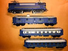 Lucky Life (Lima) H0 - Train set SNCF BB 9210 Locomotive and 3 carriages