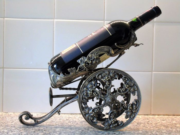 Antique bronze - Table Wine Cart - With Bottle of Rioja wine - 2004