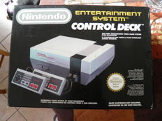 Nintendo entertainment system - Boxed including 1 Mario game