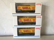 "Märklin H0 - 46512 - Three ""Shell"" tank carriages of the DR"