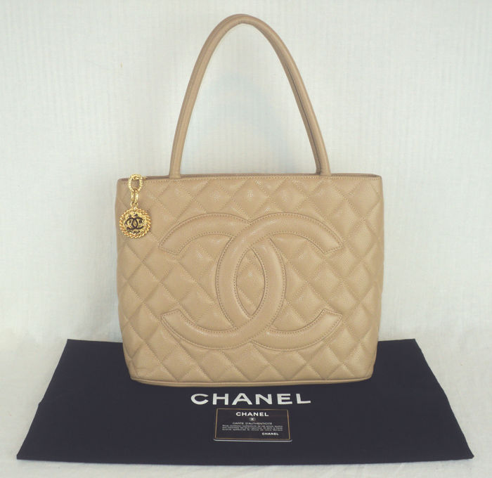 2beb2f7123c2 Chanel - Caviar Leather Diamond Quilted CC Medallion Tote Shoulder Bag