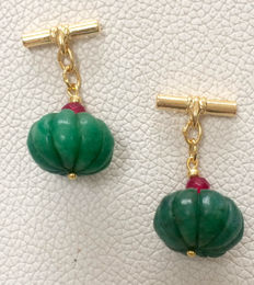 Vintage gilt silver with carved  Emerald and Ruby men's cuff links, from  ca. 1970