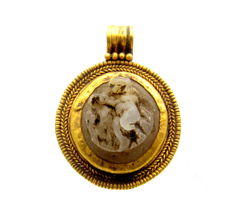 Roman Gold Pendant  with Cupid Cameo Stone (Historical Gold) - 24 mm