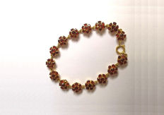 Vintage bracelet with Bohemian garnets, made of 333/8 kt gold, antique, around 1920