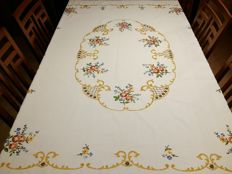 Italian manufacture. Handmade tablecloth