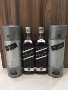 2 bottles - Vodafone McLaren Mercedes Johnnie Walker Black Label Limited Edition