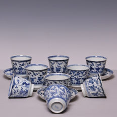 Large set of 7 cups and 6 saucers, including 2 extra cups - China - 18th century (Kangxi period)