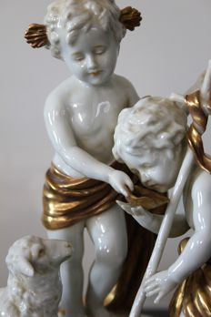 Scheibe-Alsbach - The Child Jesus and Saint John the Baptist child, a sheep - Porcelain Group