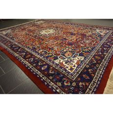 Magnificent hand-knotted Indo Qom Isfahan silk gloss, 330 x 230 cm, made in India