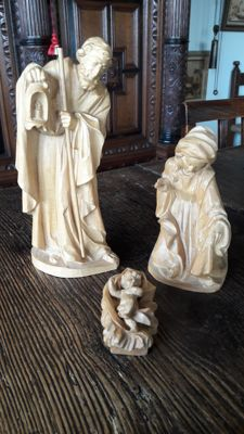 Wooden, refined hand-carved Christmas group