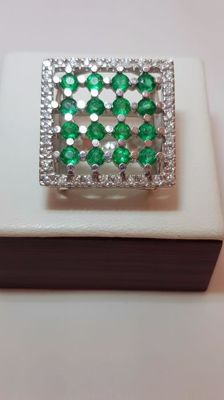 Ring with emeralds and diamonds Size: 17