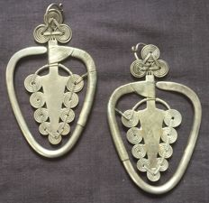 Golden Triangle earrings - China