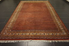 Magnificent hand-woven Oriental palace rug, Sarouk Mir, 200 x 295 cm, made in India, excellent highland wool