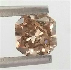 0.93 ct - VS2 Clarity - Radiant Cut  - Natural  Fancy Champagne    - Comes With AIG Certificate + Laser Inscription On Girdle