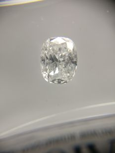 1.01 ct Cushion cut diamond D SI1