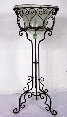 Beautiful and ornate plant display stand - 1960s