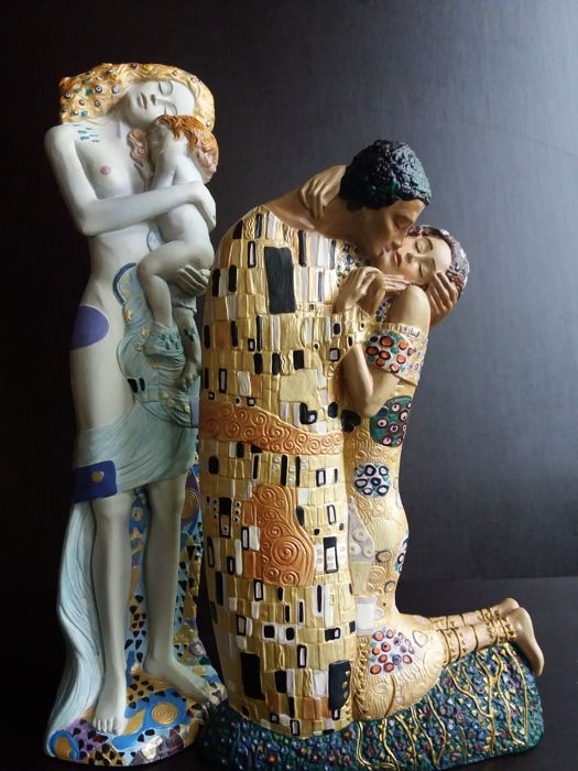Gustav Klimt  - 2 sculptures - the Kiss & the Phases of a woman's life
