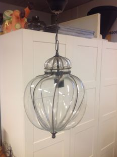 Venetian hanging lamp in clear glass